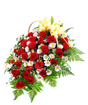 33 red roses  -Send flowers to China