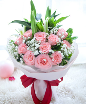 2 white lilies, 11 pink roses